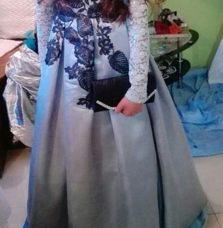 Blue Size 8 Satin Ball Gown full