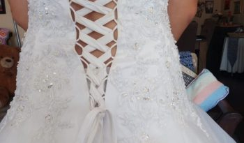 White Size 12 Polyester Ball Gown full