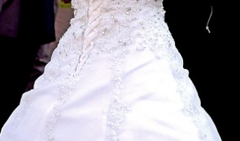 White Size 10 Organza Ball Gown full