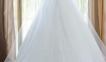 White Size 6 Lace Ball Gown full